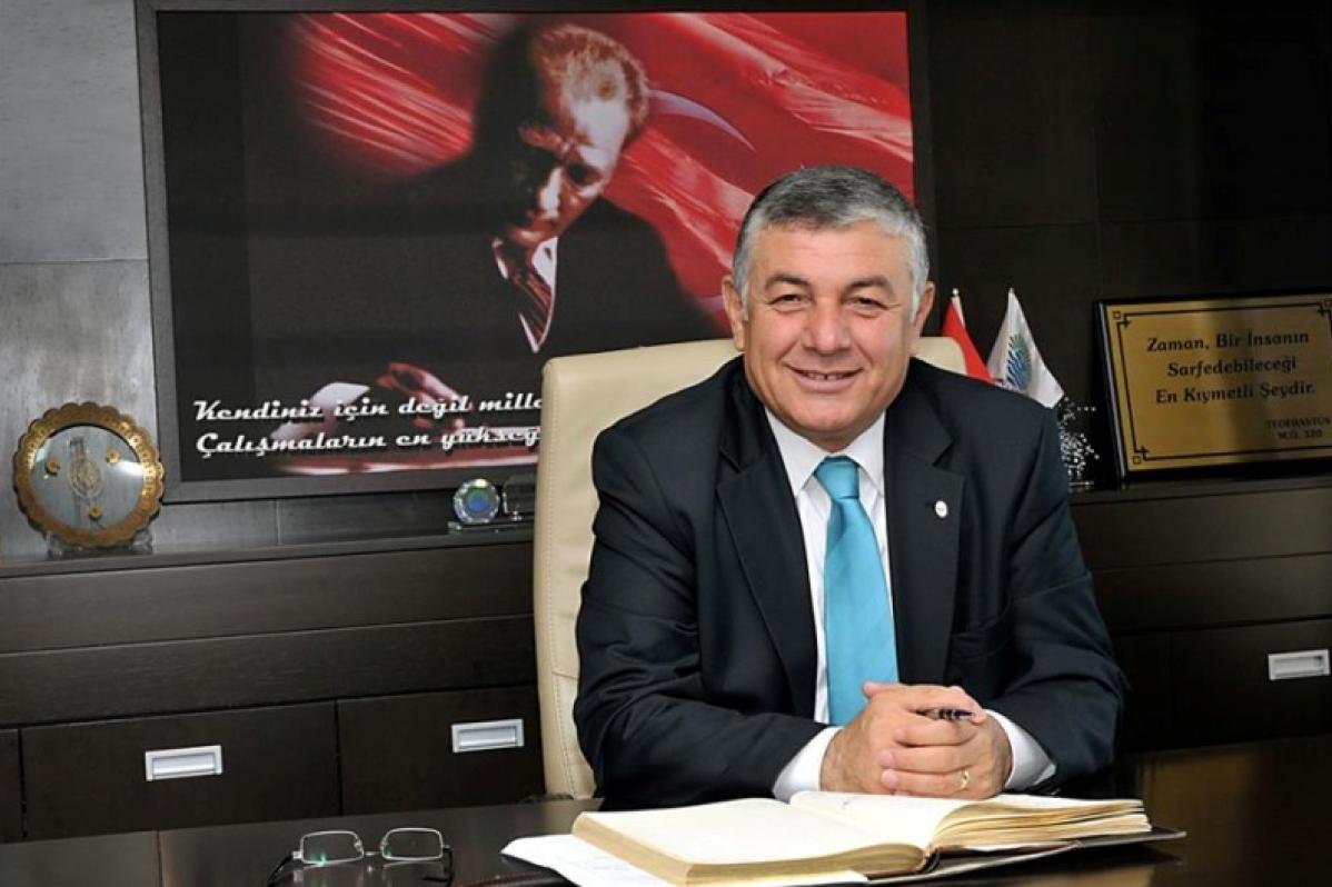 Oda Başkanımız Mesut Şengün Sarıyer Belediye Başkanı Şükrü Genç'i makamında ziyaret etti.