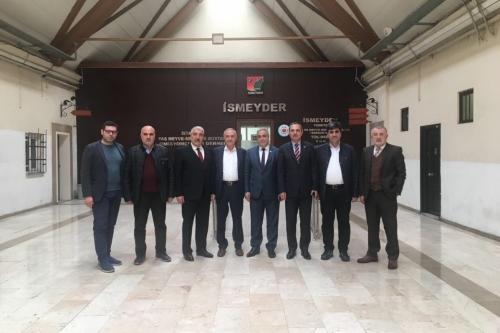 Oda başkanımız Mesut ŞENGÜN'ün de katılımıyla sektör temsilcileri İSMEYDER'de biraraya geldi.